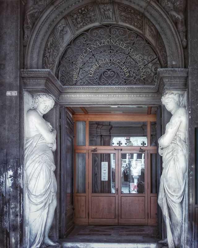 Biblioteca Nazionale Marciana, Venice ©ruedevarenne.com